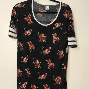 Zumiez Tee Floral Striped Sleeves